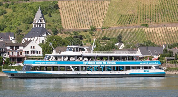 Ferry from Andernach to Leutesdorf